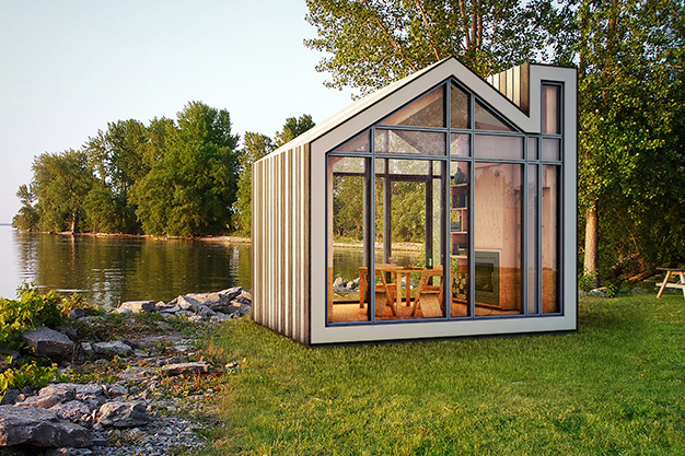 THE BUNKIE – The Art of Big Things in Small Packages